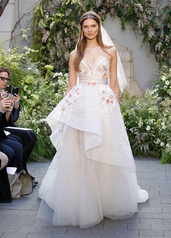 Bridal Fashion Trends from the 2016 New York Bridal Fashion Week