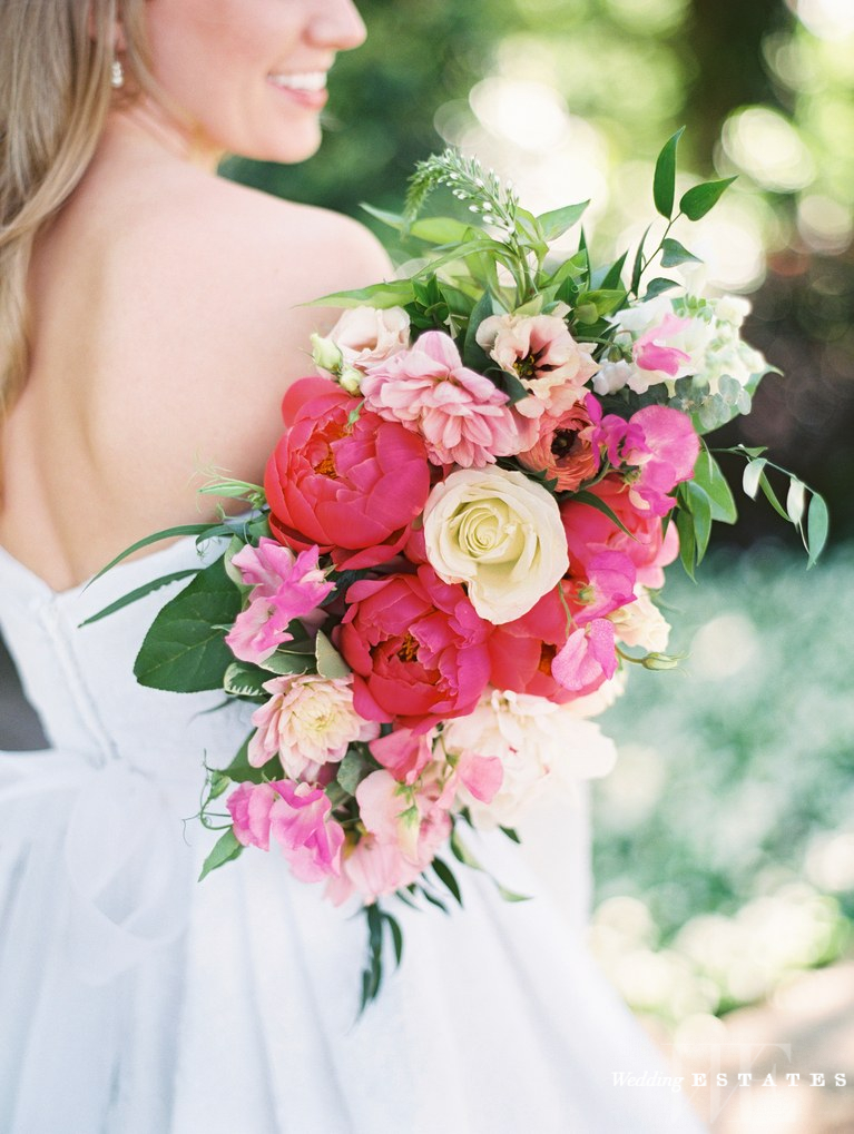 spring wedding bouquet